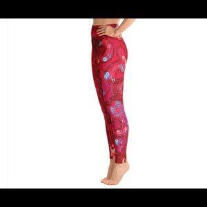 Ventcri Pants - HP🎈Katy Red Sequin Print Yoga Leggings By Ventcri